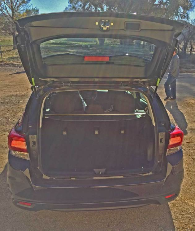 Subaru-Impreza-Htch5