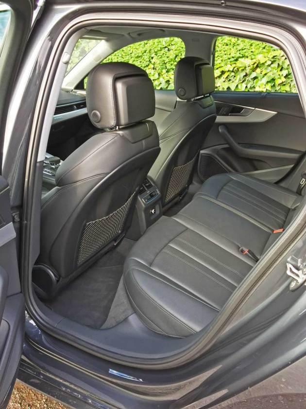 Audi-A4-2.0T-RInt