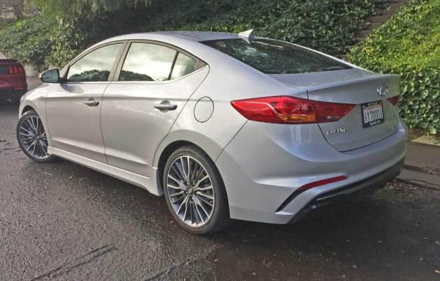 Hyundai-Elantra-Sport-LSR