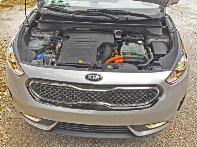 Kia-Niro-Hybrid-Eng