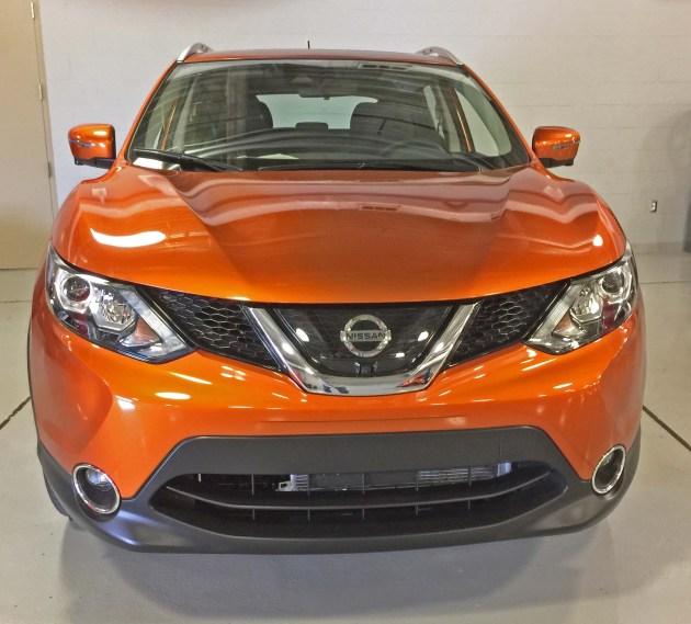 Nissan Rogue Sport Nose