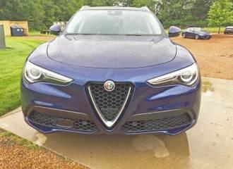 Alfa-Romeo-Stelvio-Sport-Nose