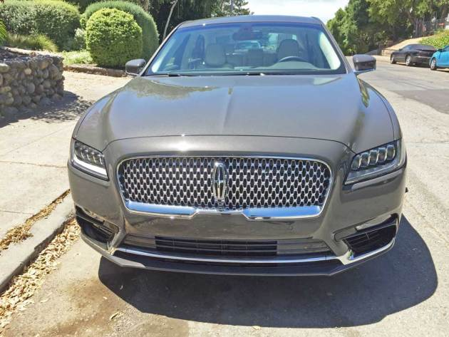 Lincoln-Continental-Nose