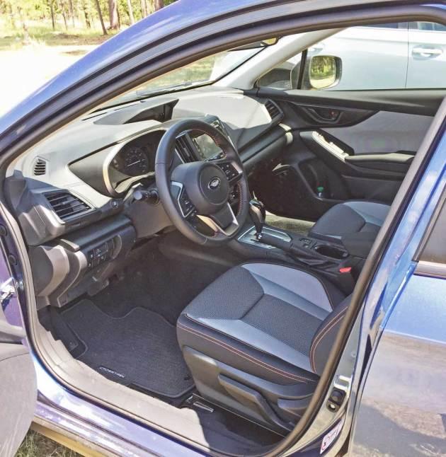 Subaru-Crosstrek-Int