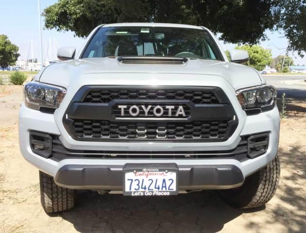 Toyota-Tacoma-TRD-Pro-Nose