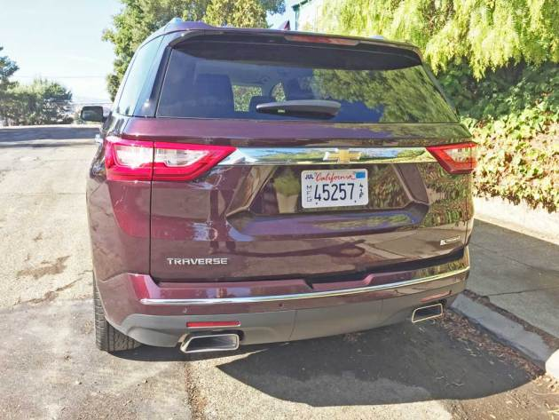 Chevy-Traverse-Premiere-Tail