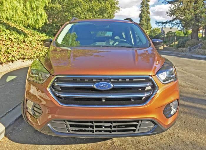 Ford-Escape-SE-Nose