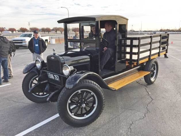 '26-Chevy-stake-bed