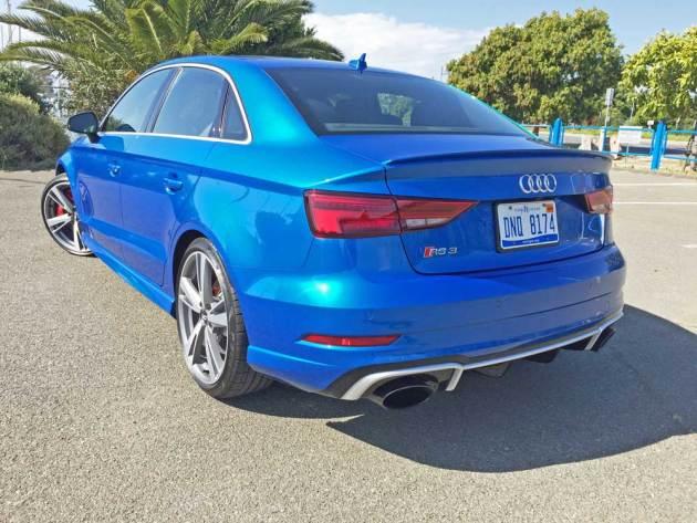 Audi-RS3-LSR