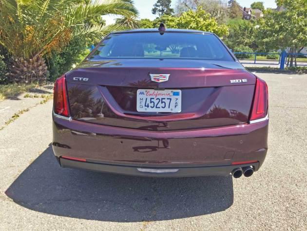 Cadillac-CT6-PHEV-Tail