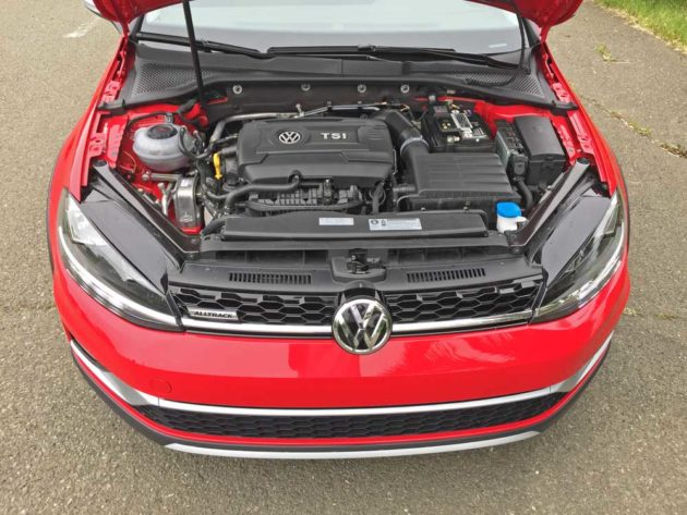 VW-Golf-Alltrack-Eng