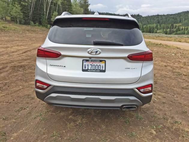 Hyundai-Santa-Fe-Tail