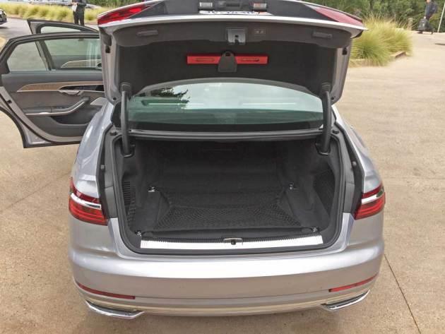 Audi-A8-L-Trnk