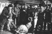 παγανιστική τελετουργία με μάσκες και κατσίκα στο χωρίο Babino Bobruisk το 1915