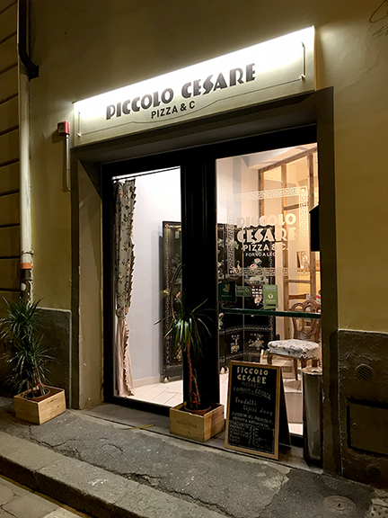 Piccalo Cesare Pizza in Florence Italy