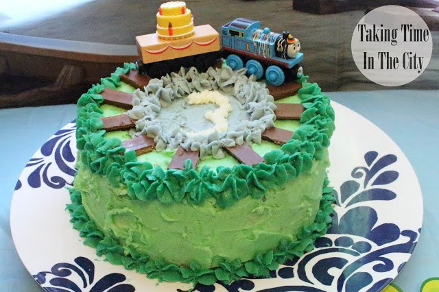 Our Boy Life - Thomas the Train Birthday Cake