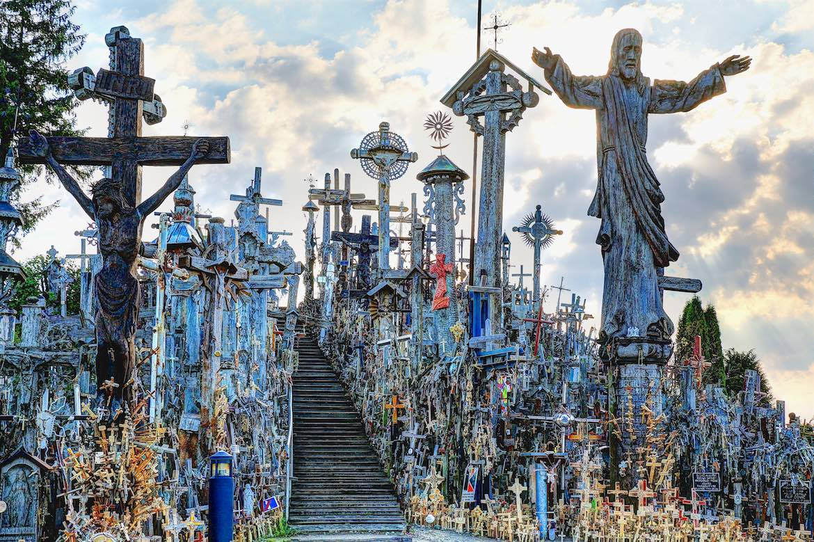 2016-08-19 at 08-03-24-Hill of Crosses