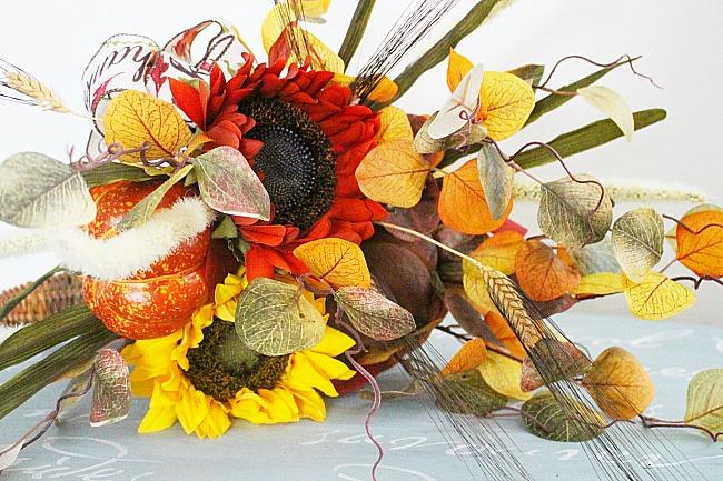 How To Make A Thanksgiving Cornucopia