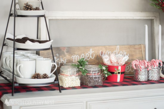 25 Farmhouse Style Hot Cocoa Bars - Centsible Chateau #farmhousestyle #hotcocoabars #hotchocolatebars