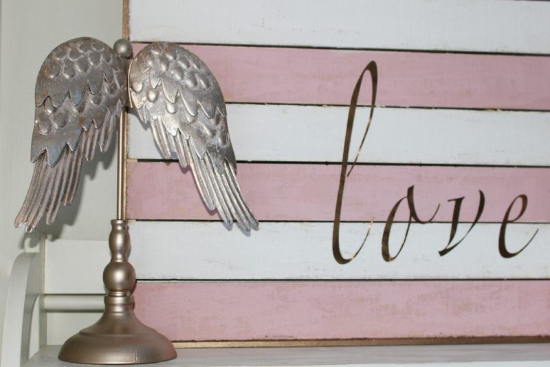 DIY Valentine's Day Love Sign CentsibleChateau.com