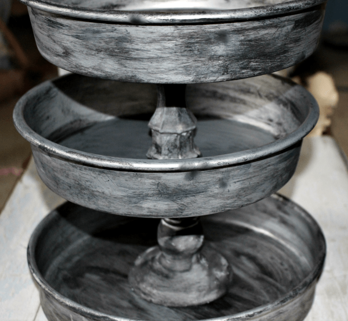 Easily Make A Farmhouse Style Tiered Tray Centsible Chateau #tieredtray #farmhousetray #galvanizedtray