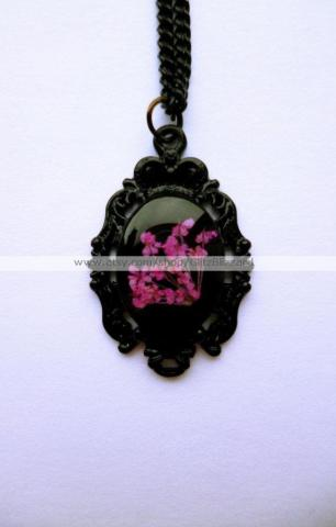 Glitz Blizzard floral necklace