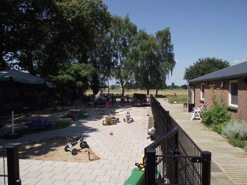 Speeltuin voor de kinderen is gereed