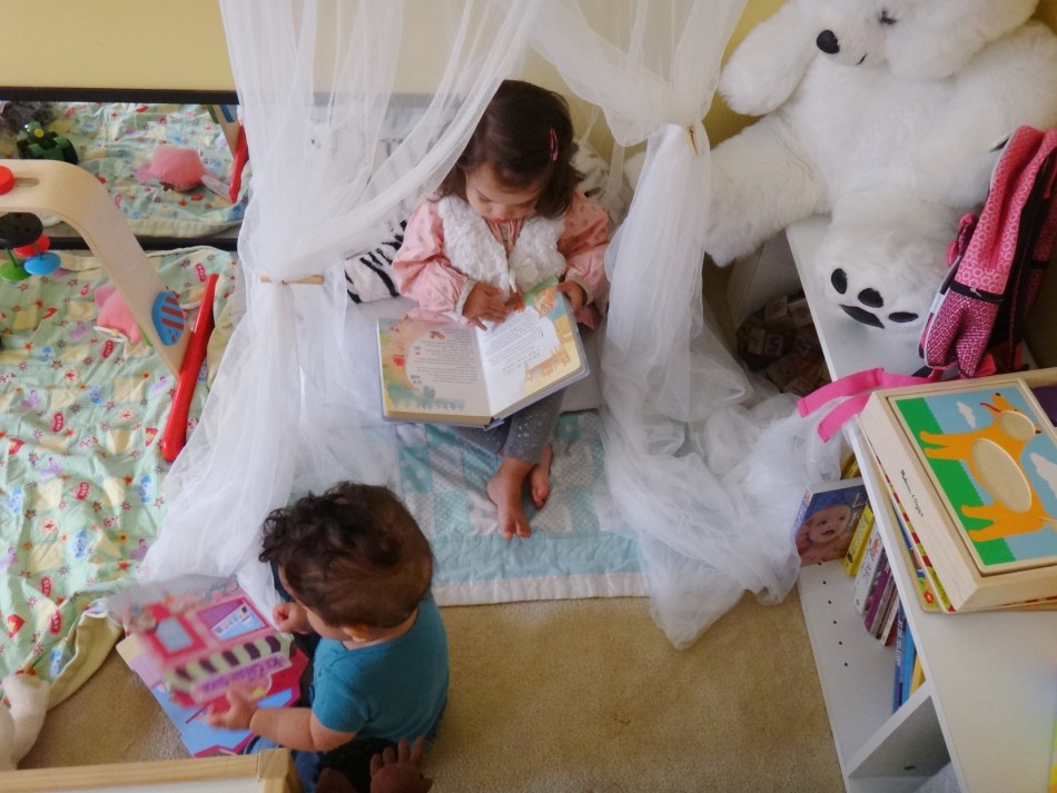 Early Literacy Mommy Blogger Bilingual Children (4)