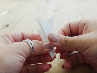 Paper Snowflake DIY Christmas Decor (5)