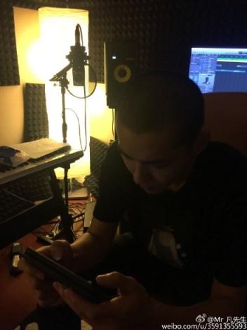 Kris in his Studio