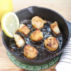 Scallops with lemon garlic butter