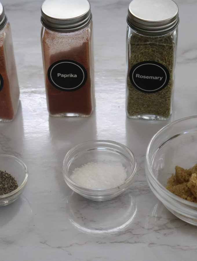 Ingredients in jar and bowl for a dry rub