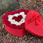 Romantic Red/White Heart Hatbox