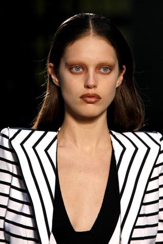 Givenchy hot summer look