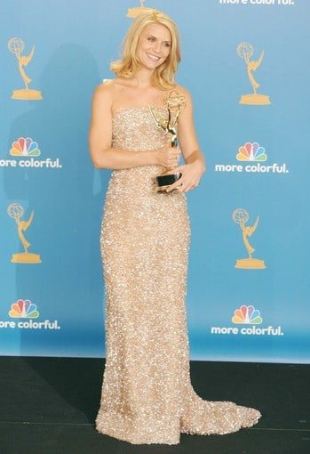 Claire Danes hairstyle at Emmy 2010