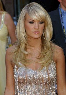 Carrie Underwood Blond Hairdo