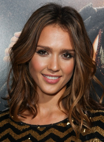 Jessica Alba wavy brown locks