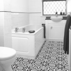 black-and-white-bathroom-tile-floor