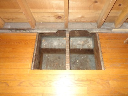 Floor Cold Air Return Hole