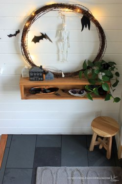 entry-slate-tile-toward-plank-wall