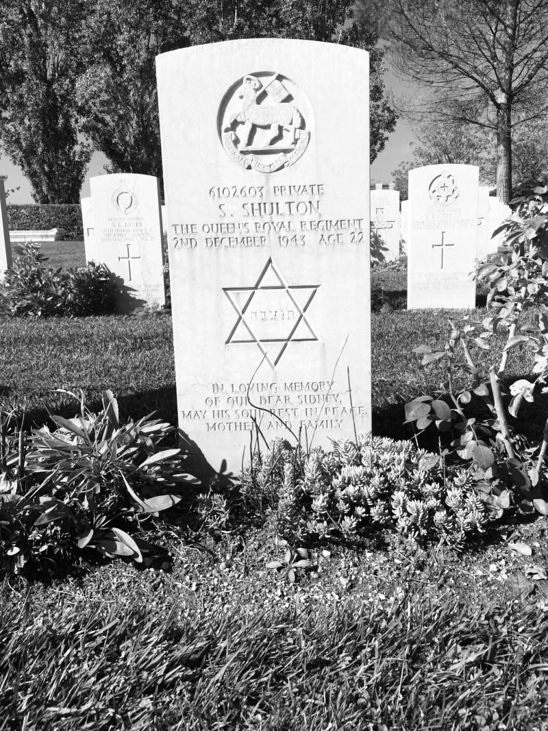 Jewish serviceman grave in Monte Cassino, Italy