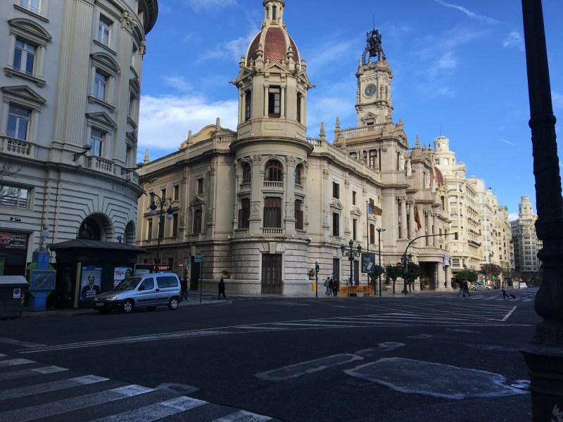 Plaza del Ayuntamiento/Plaça de l'Ajuntament ourleapoffaith city tour