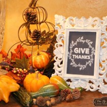 Give Thanks Free chalk board printable