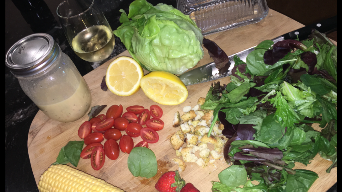 summer salad with smokey chicken and roasted corn1