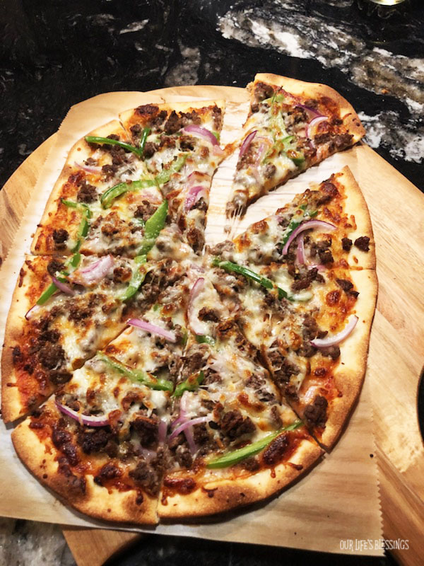 spicy onion & pepper pizza with beef