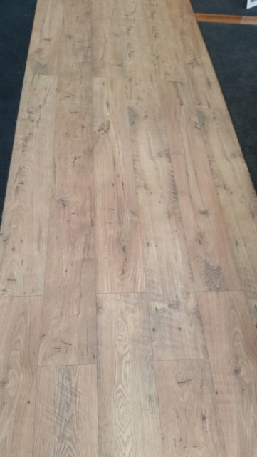 Quick Step Eligna Wide Reclaimed Chestnut Natural