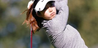 Esther Lee scores a round of 61