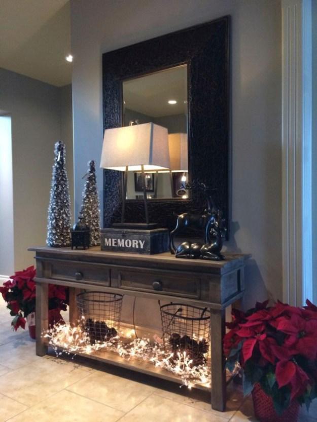 diy-christmas-decor-for-small-hallway-1