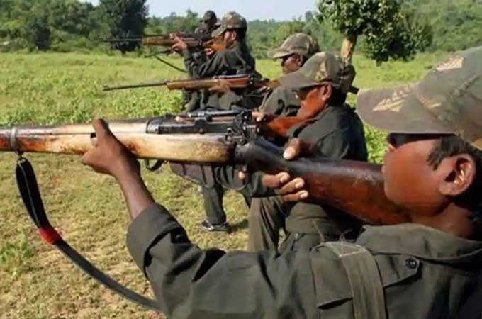 Maoists kill 17 security personnel