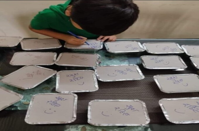 Boy's special message on meal boxes prepared by Mom for Covid-19 patients winning hearts on social media
